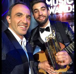 364323-nrj-music-awards-2014-nikos-aliagas-diapo-1