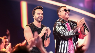 luis-fonsi-daddy-yankee-despacito-billboards-2017